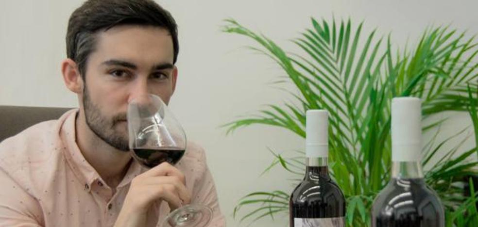 Un donostiarra inventa el primer vino con té del mundo