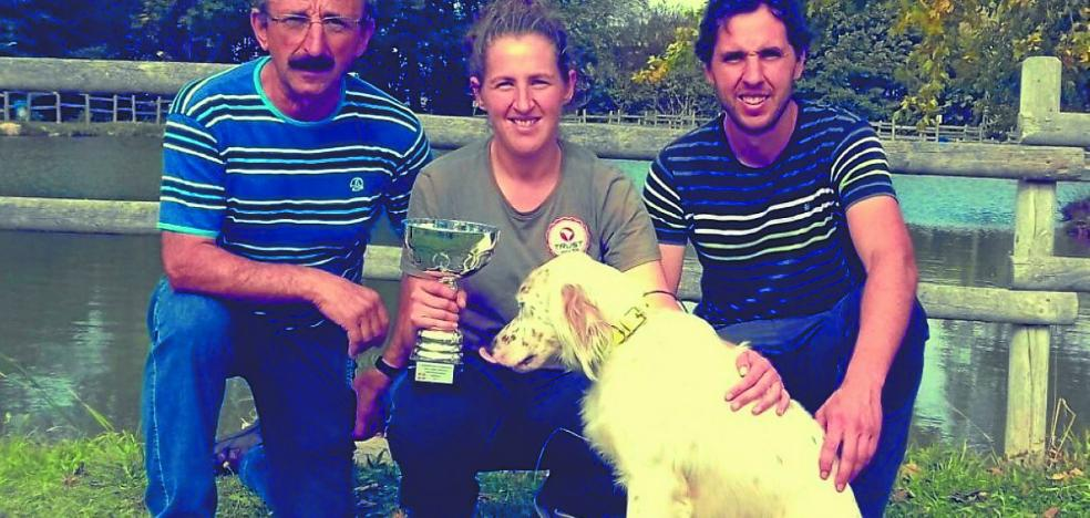 Leire Egaña 'Mintxeta' (Campeona de Euskadi de caza menor con perro): «He empezado a competir y a cazar este año, después de sacar la licencia en febrero»