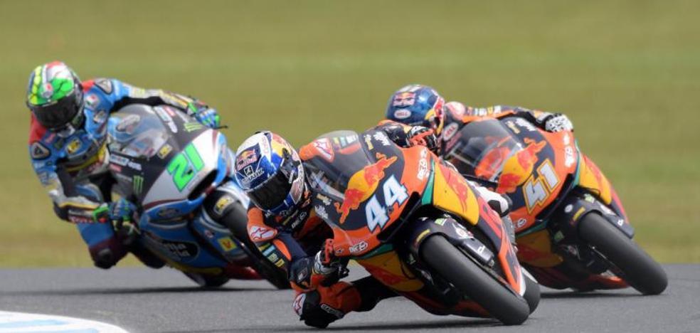 Oliveira se exhibe en el día grande de KTM