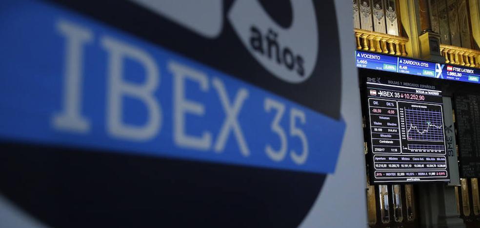El Ibex recupera los 10.200 puntos impulsado por la banca