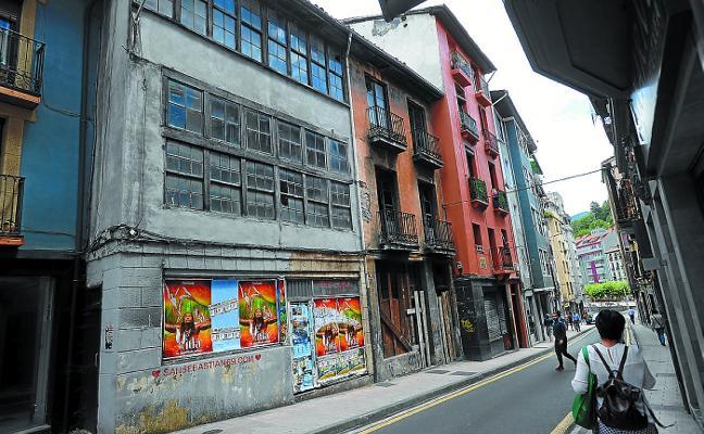 El PNV propone el derribo de los números 11 y 13 de la calle Arragüeta