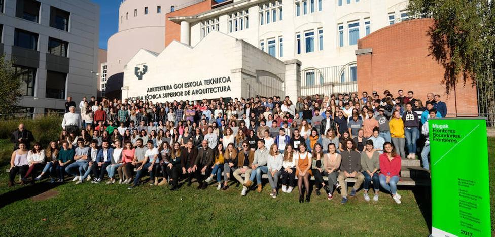 600 alumnos del campus donostiarra se suman a la Bienal MUGAK