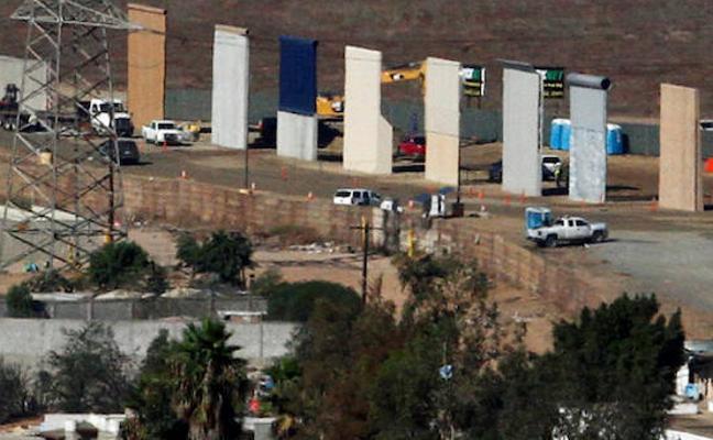 EE UU termina los prototipos para el muro de Trump