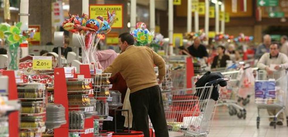 Las ventas en las grandes superficies guipuzcoanas suben un 2,7 % hasta septiembre