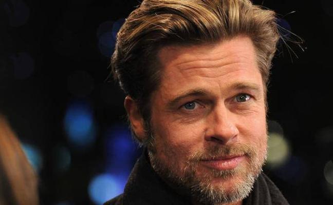 Brad Pitt y su nueva novia 32 años menor, 'doble' de Angelina Jolie