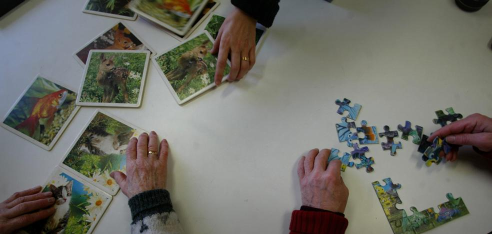 Un 'batido' frena la atrofia cerebral en los primeros compases de la demencia