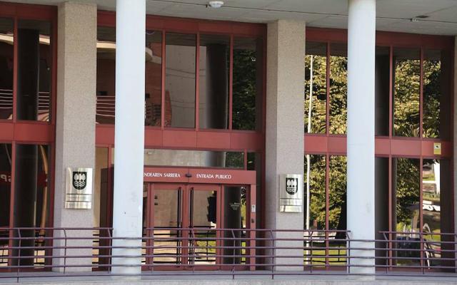 Confebask carga con dureza contra la reforma fiscal que buscan PNV y PSE