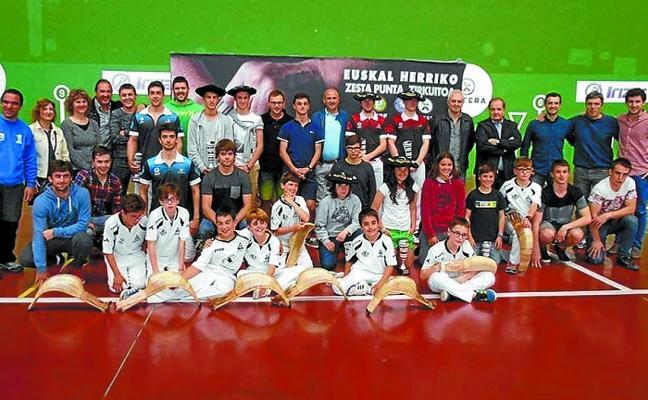 El torneo Avia-Xistera, de cesta punta, se disputa en el Arrate