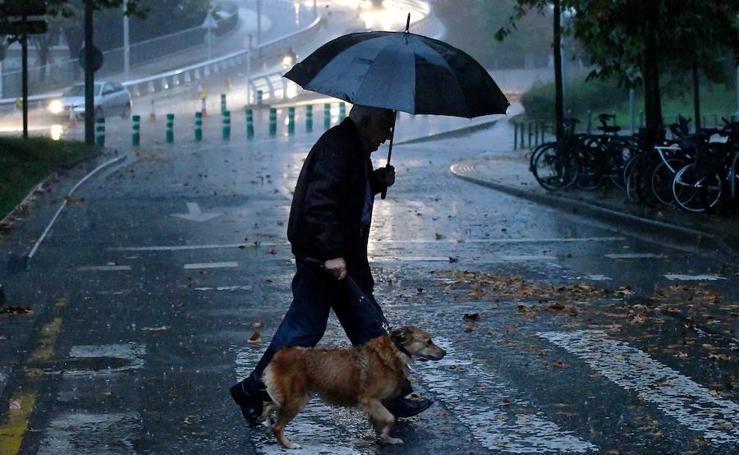 La lluvia llega al litoral guipuzcoano