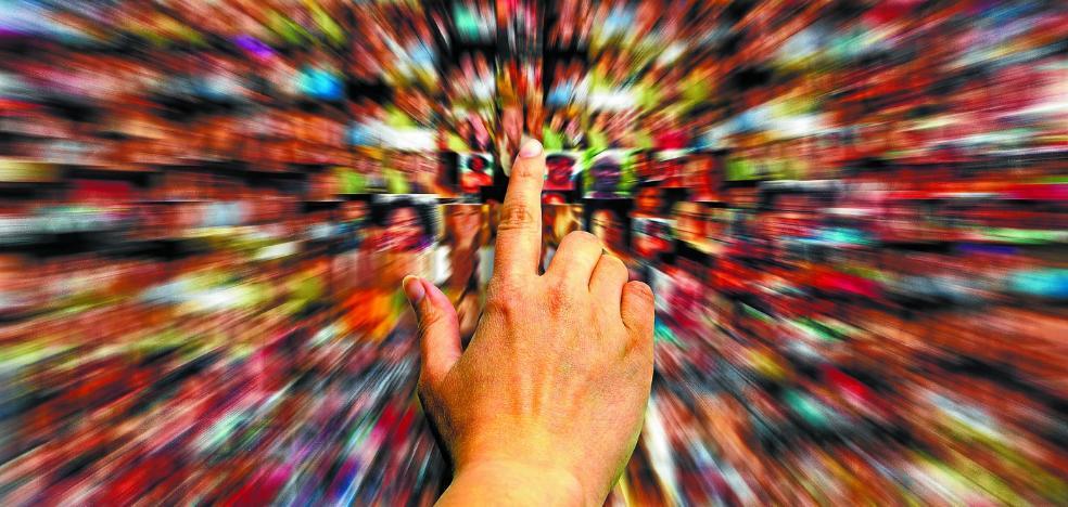 Expertos políticos relativizan la importancia de Twitter frente a los medios convencionales