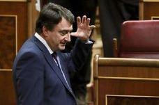 Esteban recuerda que las negociaciones de los presupuestos vascos y del Estado son independientes