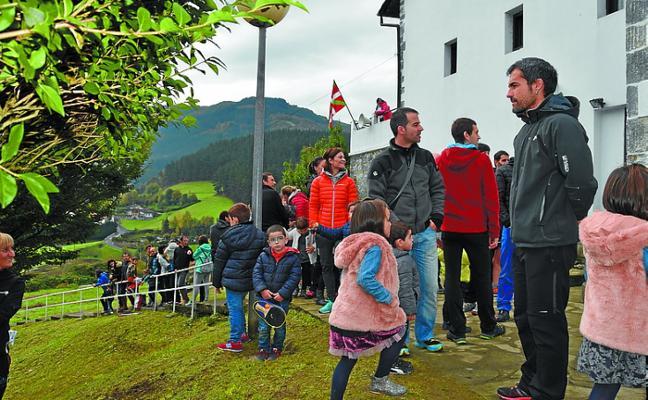 Mañana se volverá a cumplir la tradición de tocar la campana de San Martín