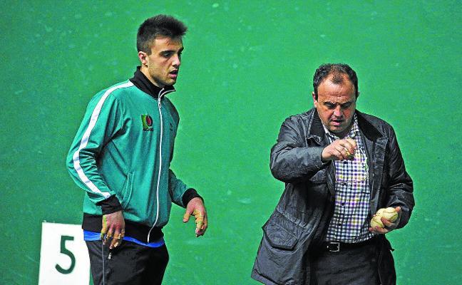 Peña: «Jugar el año que viene en Primera sería algo grande, más que ganar la txapela»