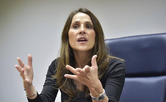La presidenta del Parlamento Vasco sale en defensa de Forcadell