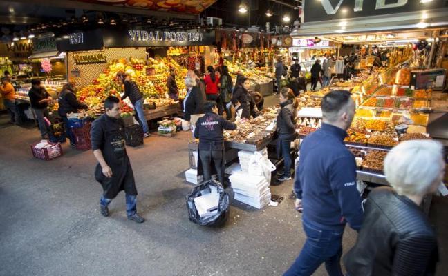 Siete de cada diez comercios catalanes redujeron sus ventas en octubre