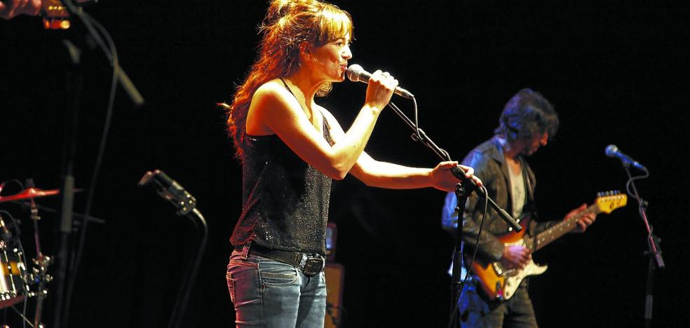 Maider Zabalegi cantó los temas de 'Zuei' en su vuelta a los escenarios