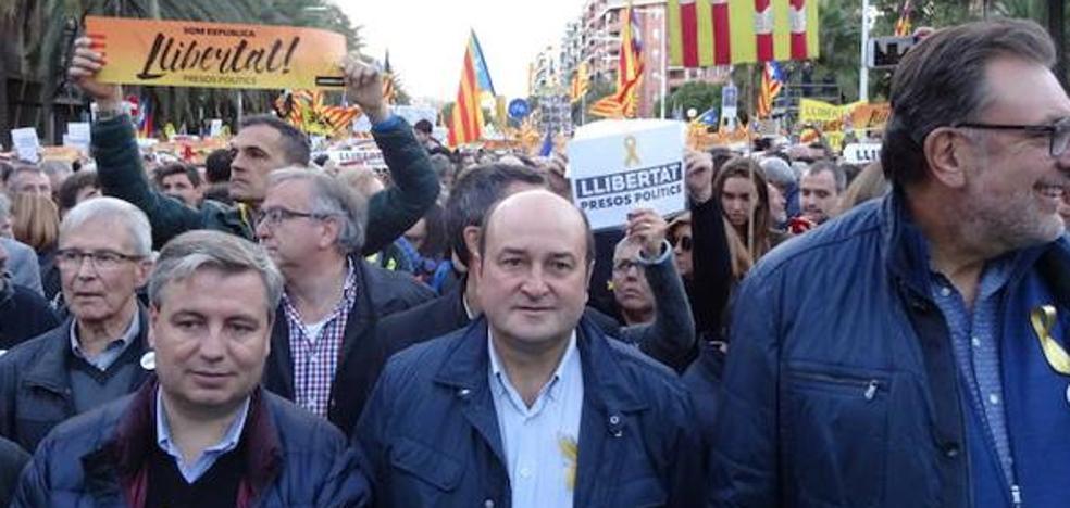 Ortuzar: «Hay que hablar con Cataluña»
