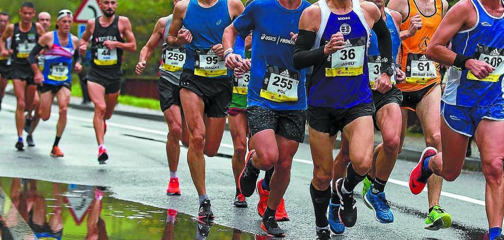 Los atletas de Argixao no faltaron a la cita con la Behobia-San Sebastián
