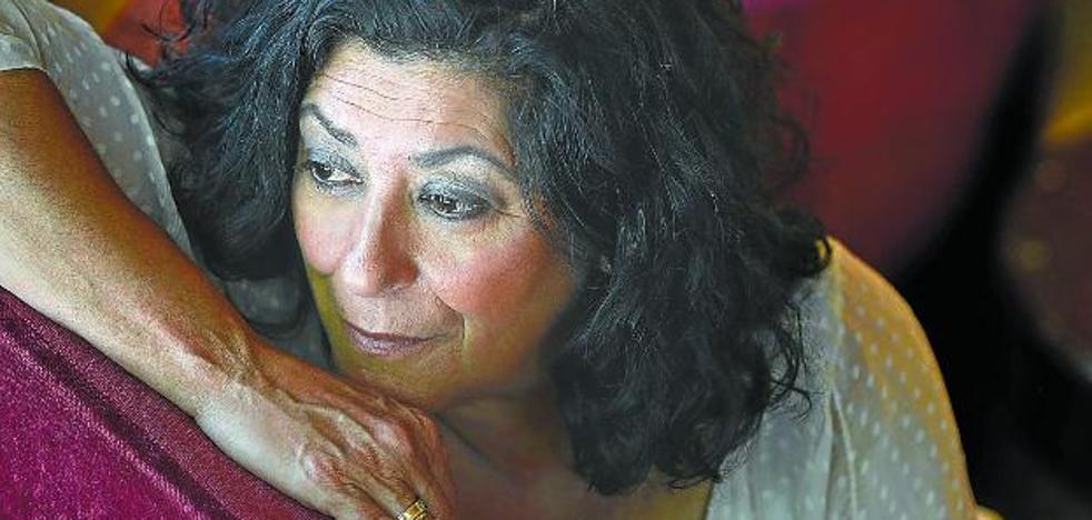 Almudena Grandes: «Todas mis novelas nacen de una taquicardia»