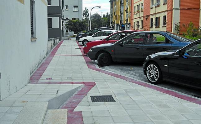 Ampliación de la acera entre los números 3 y 7 de la calle Isidro Setien