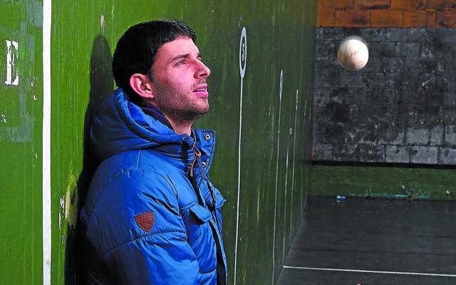 Jokin Altuna (Finalista): «Ser artista no basta para codearse con los mejores»