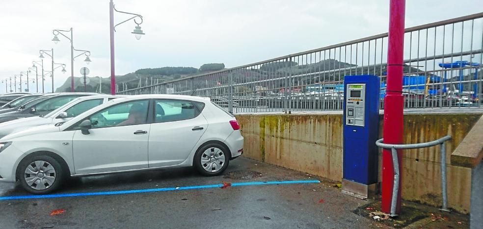 Reuniones abiertas para tratar el tema de la regulación del aparcamiento
