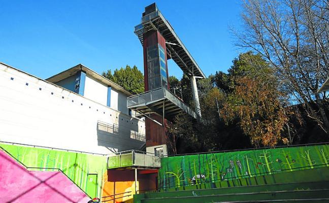 El ascensor de la plaza Martin Santos se arreglará la semana que viene