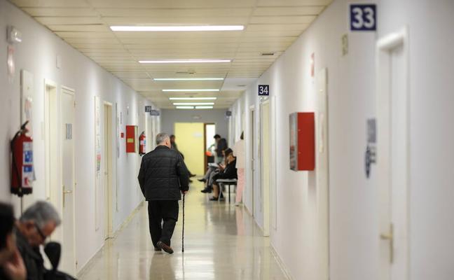 Osakidetza permitirá a los médicos jubilarse a los 68 años
