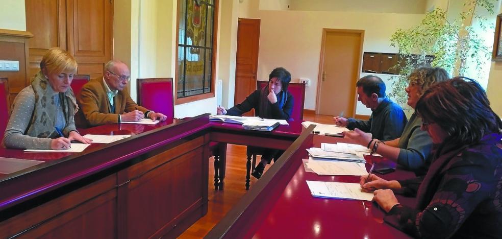 Aurrekontu-proposamena aurkeztu du udal gobernuak Ogasun Batzordean