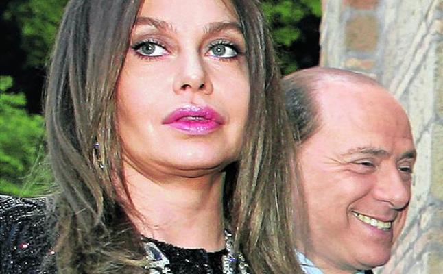 Berlusconi se libra de pagar la pensión de divorcio