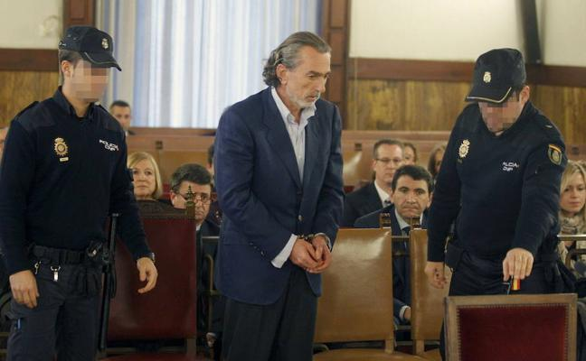 Correa ofrece su «total» colaboración a la Fiscalía si es excarcelado
