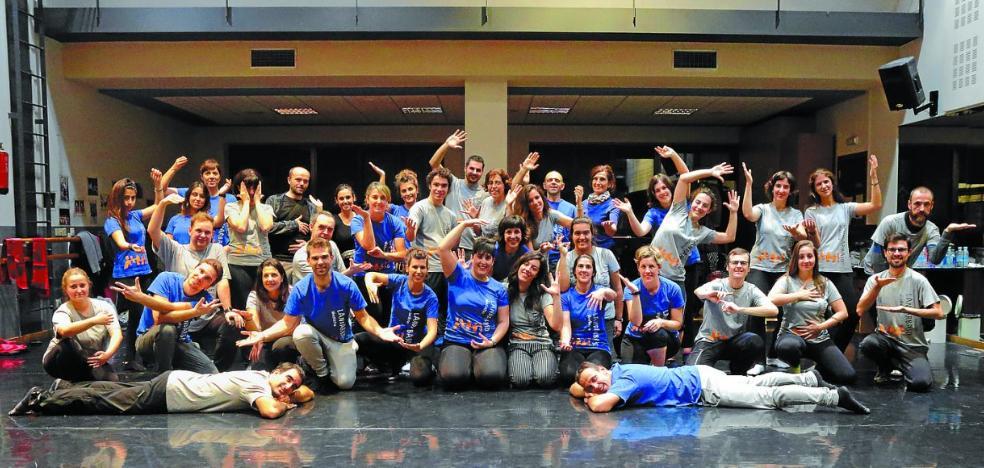 El coro Landarbaso estrena este domingo en Errenteria 'Eternal'