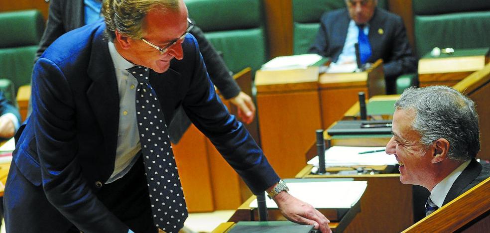 Urkullu y Alonso escenifican su voluntad de buscar un pacto fiscal y presupuestario