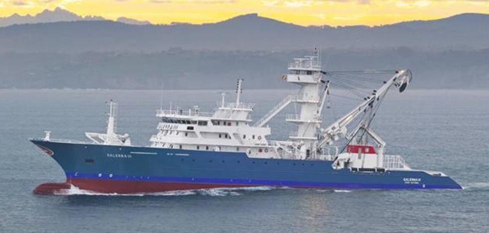 Vuelve la alerta en el Índico: un atunero vasco repele con disparos un ataque pirata
