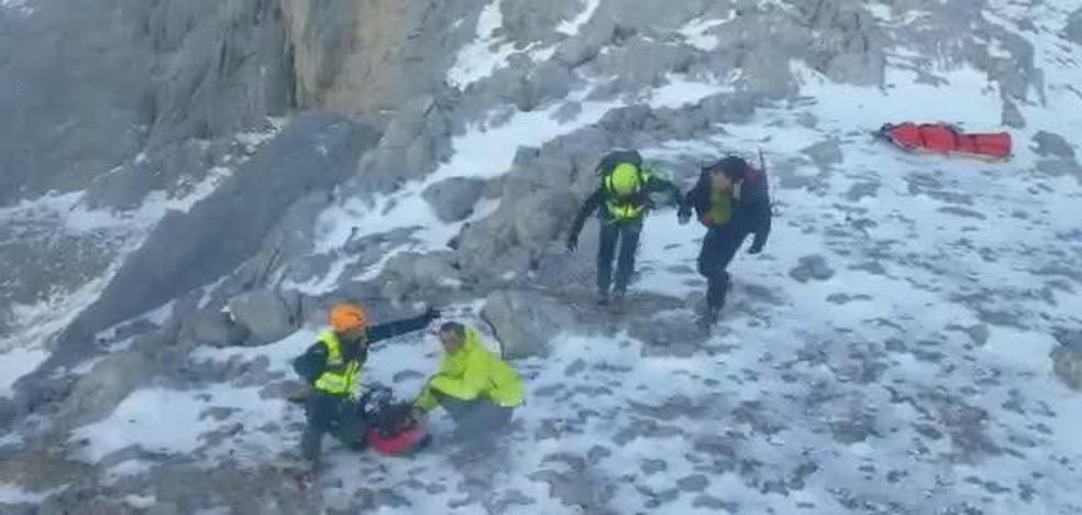 Fallece un montañero vizcaíno en los Picos de Europa