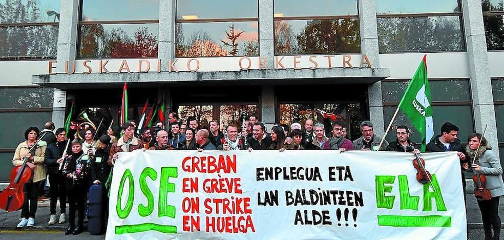 Los trabajadores de la OSE mantendrán su huelga tras provocar este sábado un 'Don Pasquale' insólito
