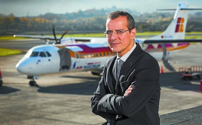 «La llegada del TAV obligará a las aerolíneas a ajustar precios y destinos», predice el director del aeropuerto