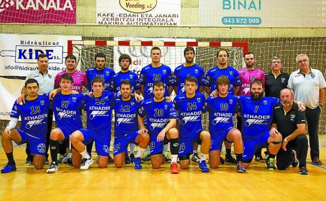 El Tolosa CF Eskubaloia vuelve a mirar arriba tras su última y solvente victoria