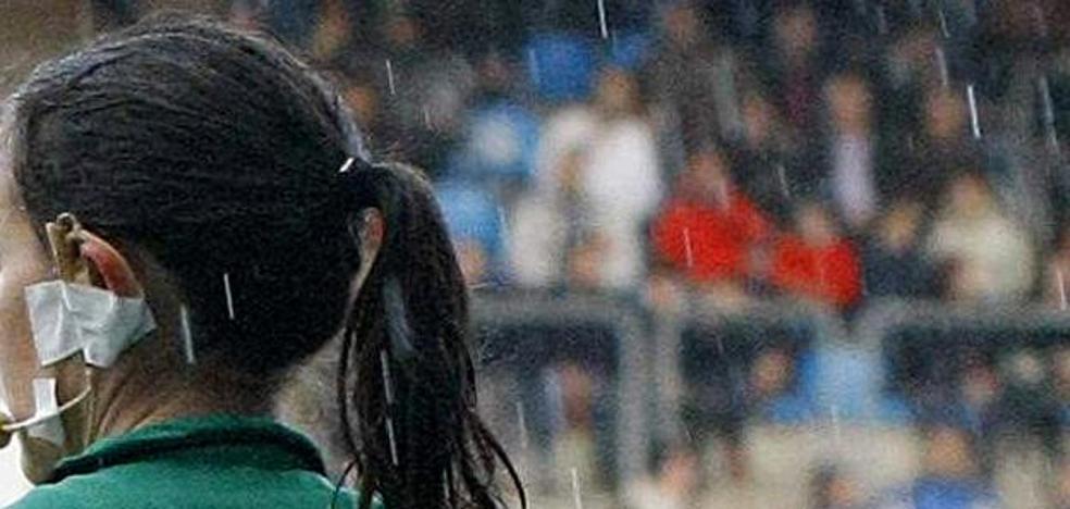 Castigan 2 años a un técnico por agredir a una árbitra en un partido de alevines en Leioa