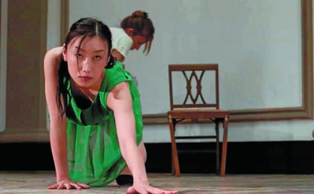 Zinetika lleva a Tabakalera la fusión de danza y audiovisual
