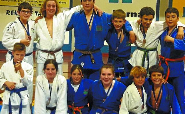 Varios judocas del club Lizardi se clasifican para el Campeonato de Euskadi