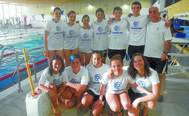 Buenos cronos del equipo local de natación Igartza Txindoki TIM en la jornada disputada en Hernani