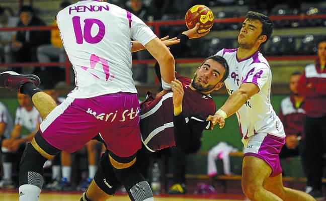 El Somos consiguió un valioso empate en Ipurua ante el Pilar Maristas