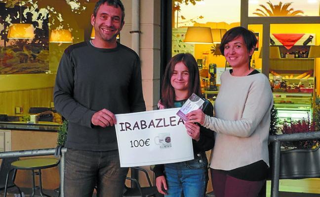 Ihintza Gurrutxaga ganó el cheque en Bare-bare