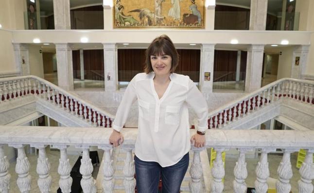 Anne Etchegoyen: «Mientras esté viva seguiré cantando mi amor por mi tierra»: