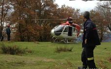 Rescatado en helicóptero un montañero de Hernani herido en el Adarra