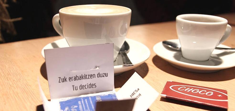 Un preservativo con el café