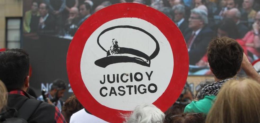 Cadena perpetua para Astiz, Cavallo y Acosta por sus crímenes durante la dictadura argentina