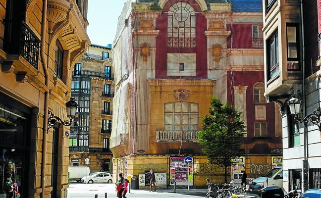 Dos edificios históricos de futuro incierto