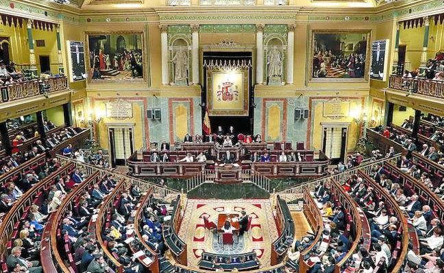 Solo Podemos y el PSE defienden sin recelos la reforma constitucional